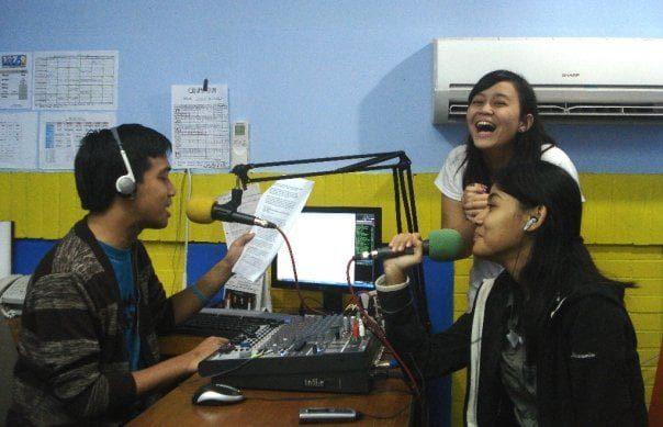 Hal-hal Ini yang Bikin RTC UI Beda Sama Radio Kampus Lain