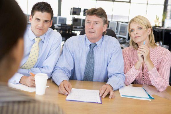 Begini reaksi mereka kalau kamu jawab berbelit-belit. via careerealism