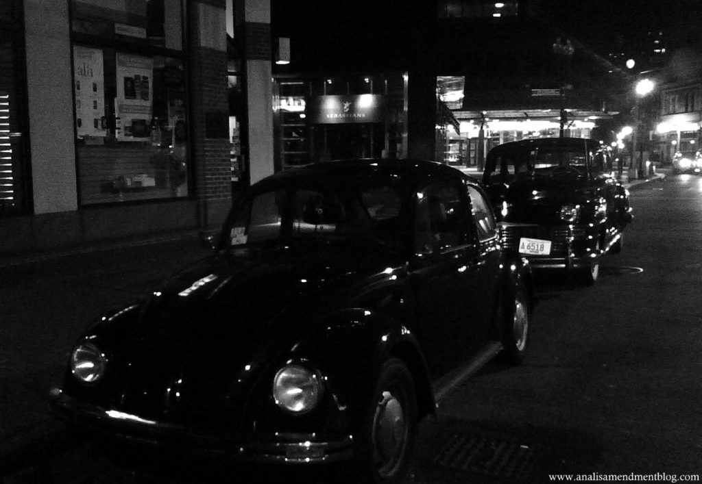 antique_cars_Boston_night
