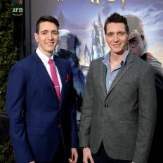 Los actores actors Oliver (i) y James (d) Phelps. Foto EFE
