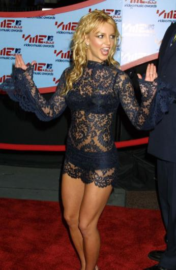 Britney Spears en los MTV Video Music Awards 2001