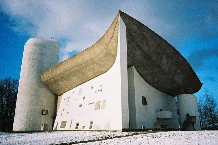 Capilla católica Notre Dame du Haut, en Francia