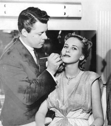 ¿Sabes por qué se celebra el Día del Maquillador?