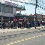 En Ecuador, los venezolanos acudieron en masa a su punto soberano más cercano/ Foto: Liakarla Parra