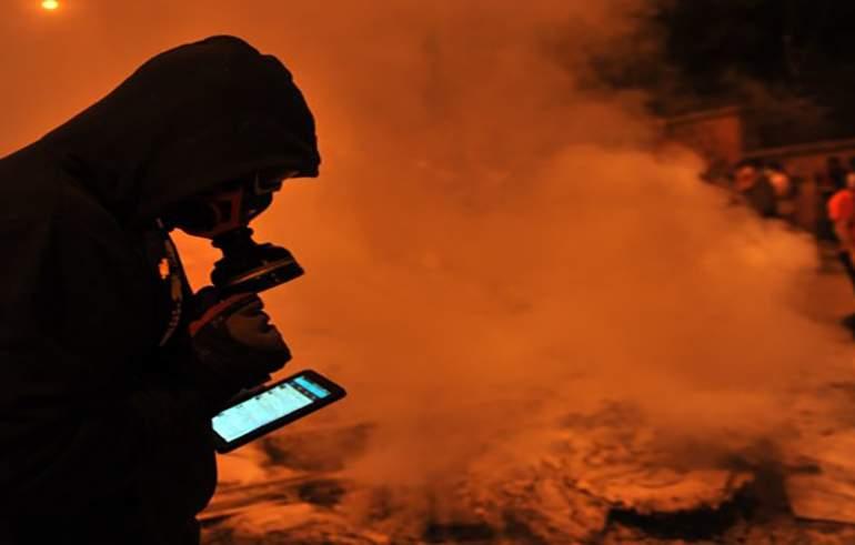 Entre Twitter y gas lacrimógeno