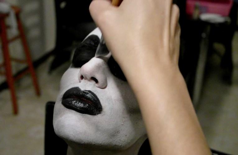 Maquillaje de Halloween paso 6