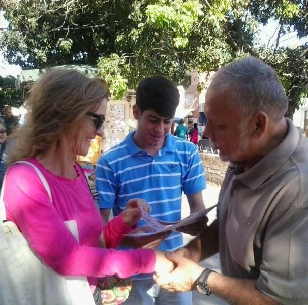El candidato opositor a la Alcaldía del Municipio Vargas estuvo cara a cara en la parroquia Catia La Mar / Foto: cortesía