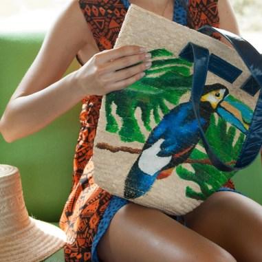 """La nueva colección de Kanomi, Soröwarö, que en lengua pemón significa """"ahora"""", está llena de verdes, azules y texturas atrevidas para"""