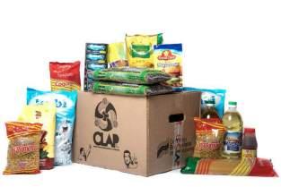 Fotografía de una caja de alimentos este viernes, 12 de enero de 2018, en uno de los llamados Comités Locales de Abastecimiento y Producción, conocidos como CLAP, en Caracas (Venezuela). Foto EFE