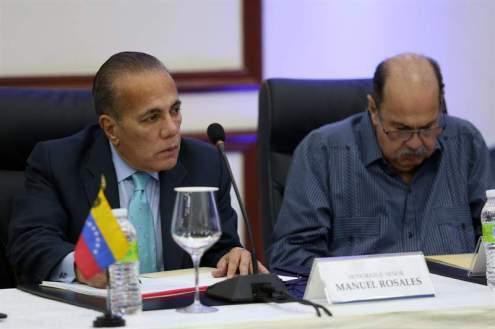 Oposición en el diálogo en República Dominicana Foto EFE