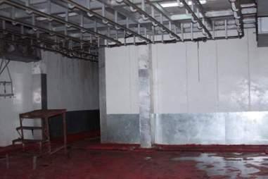 Así están las instalaciones del matadero sin nada que procesar