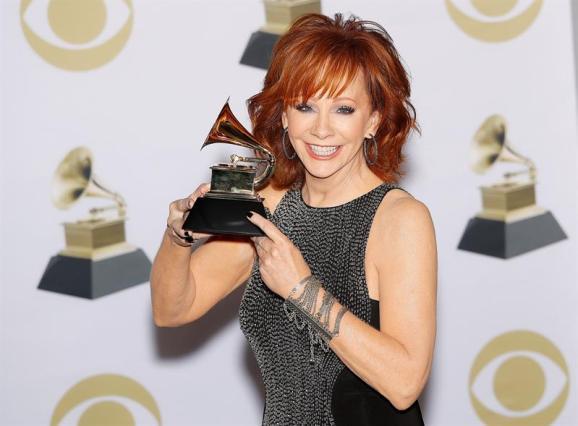 """Reba McEntire gana el Grammy en su categoría """"Mejor álbum roots gospel"""". Foto: EFE"""