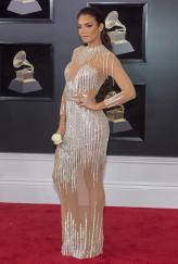 Zuleyka Rivera estuvo en la alfombra roja del Grammy
