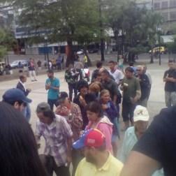 Jovenes celebran dia de la juventud repartiendo comida en Tachira 1