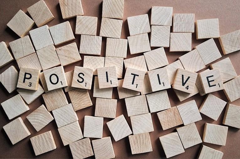 positive-positivo-Foto Pixabay