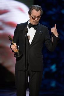 Gary Oldman en los Premios Óscar