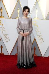 Sally Hawkins en su paso por la alfombra roja de los Premios Óscar