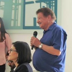 El artista plástico Juvenal Ravelo también ofreció algunas palabras durante la rueda de prensa
