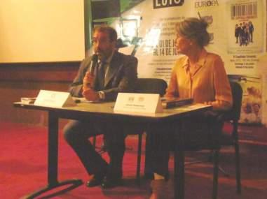 Silvio Mignano, embajador de Italia en Venezuela, y Solveig Hoogestijn presentaron el décimocuarto Festival de Cine Italiano en la Sala 2 de Cines Paseo