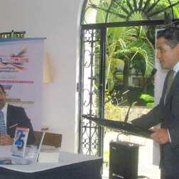 El director ejecutivo de El Sistema, Eduardo Méndez, fue el primero en dar detalles de los conciertos y el homenaje al maestro Abreu durante la Semana de Francia