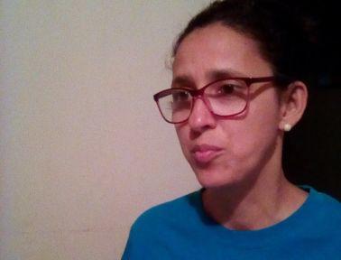 """""""Es Dios quien estira nuestro presupuesto porque si nos ponemos a sacar cuentas no nos da el ingreso para mantenernos en una economía como esta"""": Patricia Vásquez, consumidora"""