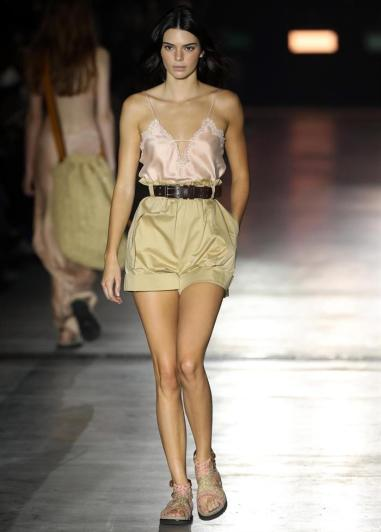 Kendall Jenner en la Semana de la Moda de Milán/ Foto: EFE