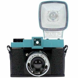 Fotografía de una cámara Diana F+