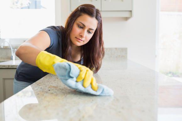 كيفية تنظيف الرفوف فى المطبخ بسهولة