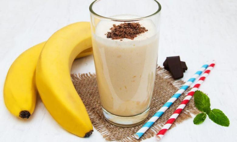 طريقة عمل عصير الموز والجوافة باللبن
