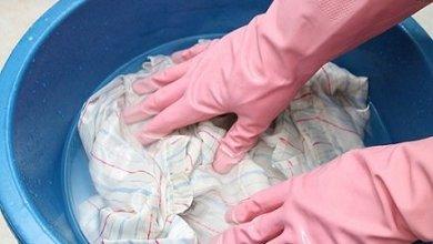 Photo of الطريقة الصحيحة لغسيل الملابس الحرير