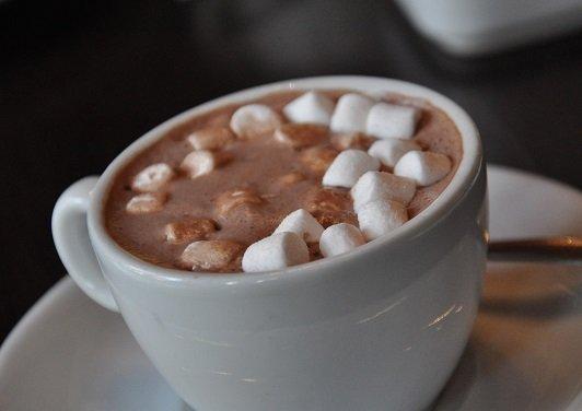 مشروب الكاكاو بالمارشميلو