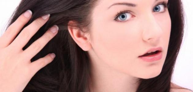 وصفات طبيعية لتفتيح لون الشعر الأسود