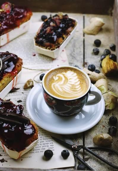 كيك القهوة سريعة الذوبان