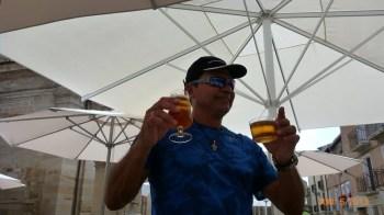 Olha a cerveja chegando!