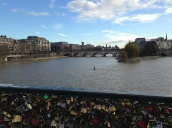 A Pont de Arts e seus cadeados de amor...