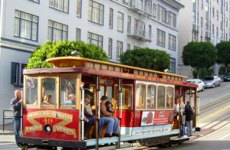 muni-cable-car-on-pine-street