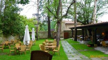 Jardins de um dos restaurantes