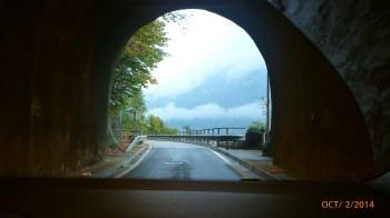 Túnel saindo da cidade...