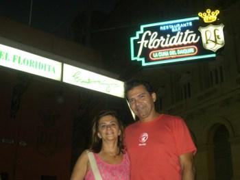 Em frente a Floridita