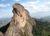 A Pedra do Baú (fonte)