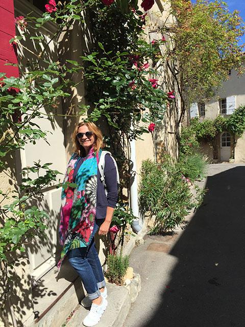 Pelas ruelas de LOURMARIN (Provence)