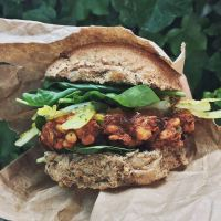 Burger w indyjskim klimacie / Indian style burger (VEGAN!)
