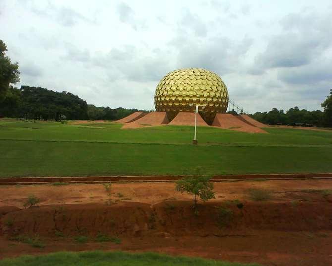 Pondicherry India travel guide