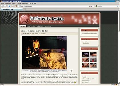 Die perforierten Lyrixx in neuem Glanz: Statt Baby-Rosa nun in bekannt markanten Theatertönen gehalten - die offizielle Webseite der Perforierten Lyrixx am KGT.