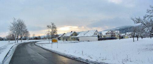 Oberlauchringen bei Sonnenaufgang im Februar - das Panoramafoto war ein Zufallsprodukt, aber ein schönes.