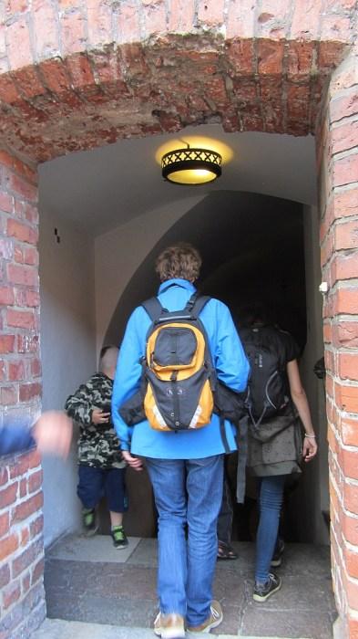 """Weiter gehts: Durch das gigantische Labyrinth der Marienburg führte uns der unsichtbare virtuelle Hausgeist """"Jakob"""" (Foto: Salome Leinarkunion)"""