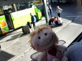 Klein-Rosa wartet im Flixbus auf die Abfahrt in Berlin (Foto: Martin Dühning)