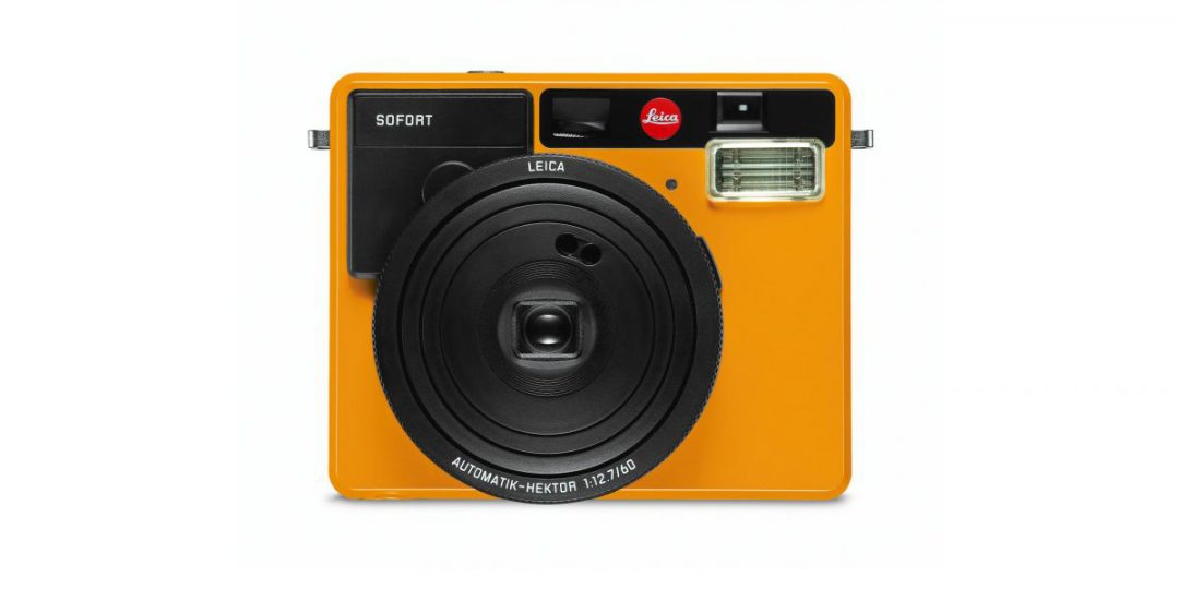 Leica Goes Instant