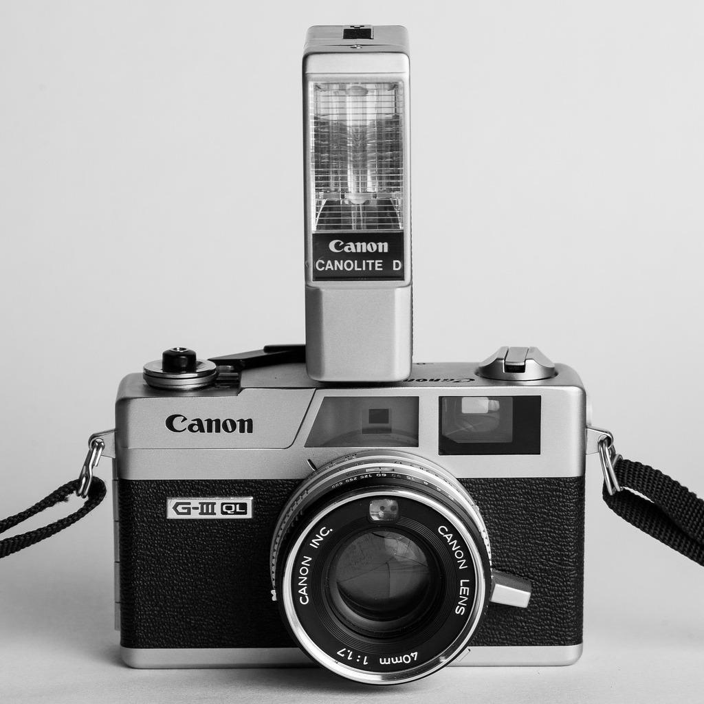 Canonet G-III 17