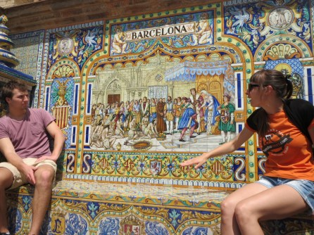Plaza de Espagna on the walking tour: we are at the Barcelona mosaic